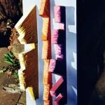 Peter,Holz an der Wand – 8